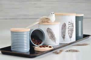 Upcycling: Kaffee- und Keksdosen