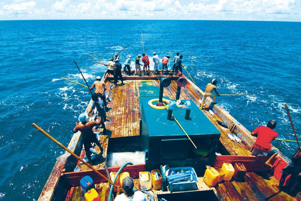 Angler auf Boot